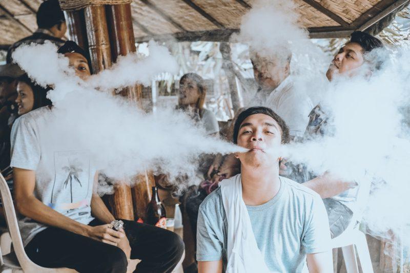 smoke detector people vaping - vape stop